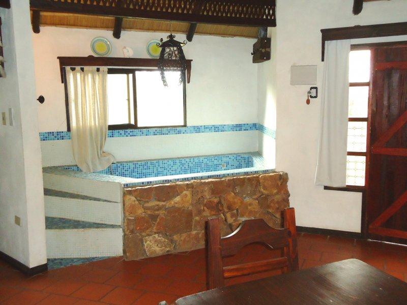 Cabanas Para 5 Personas 1 Dormitorio Y Piscina Interna Casa De - Habitaciones-con-piscina-dentro